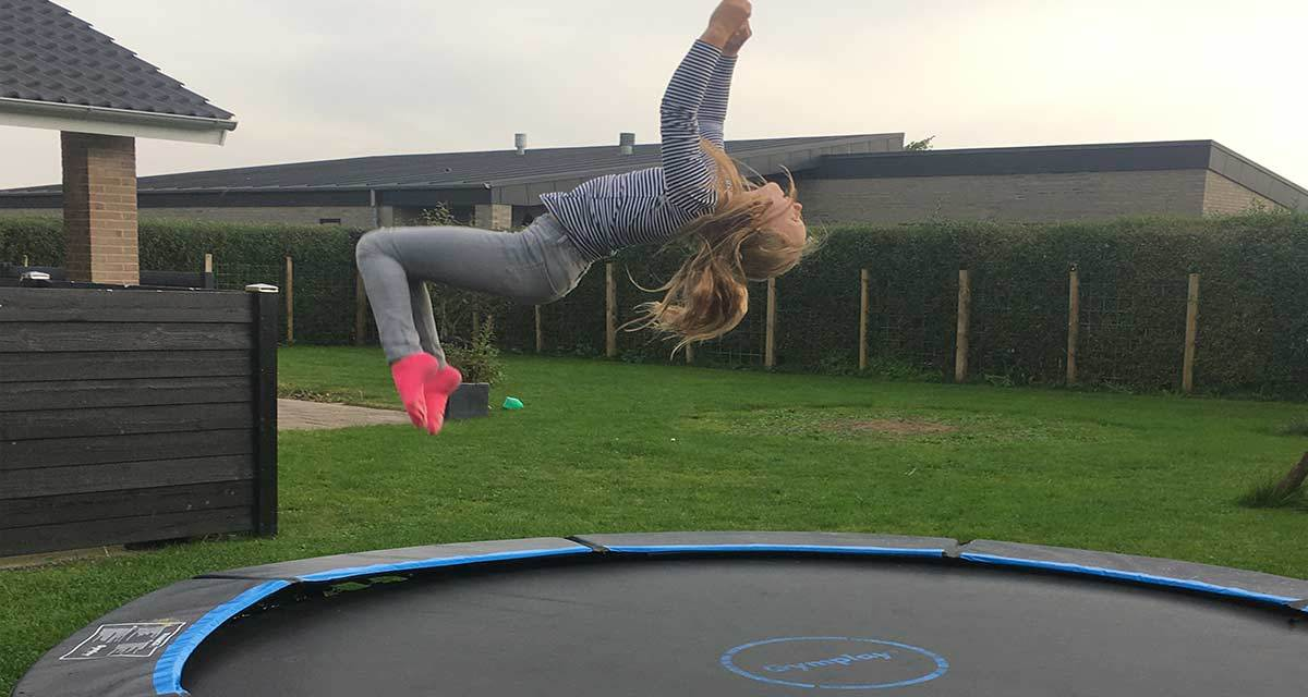 trampoline-jump-GYMPLAY